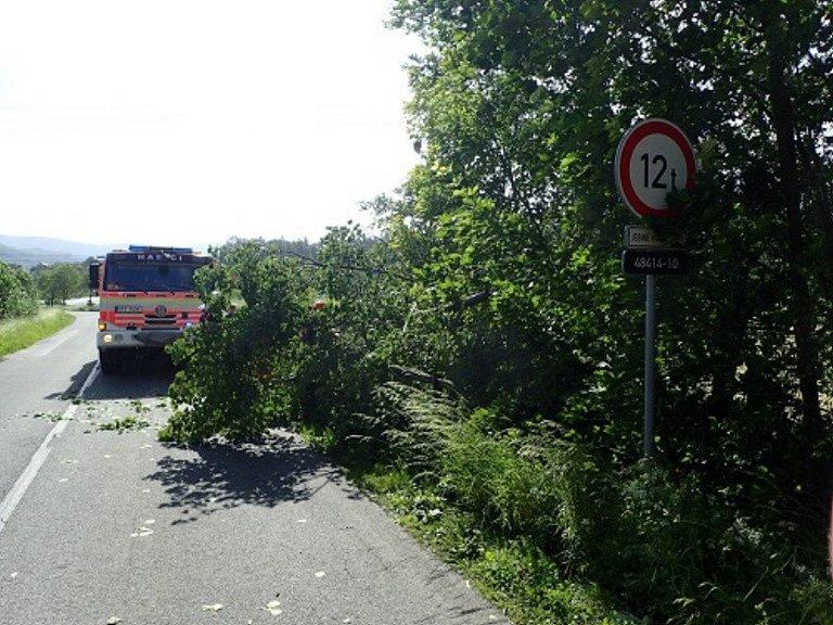 Zásah hasičů v Raškovicích.
