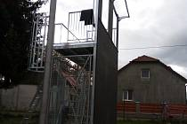 Nová tréninková hasičská věž v Pržně.