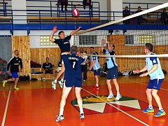 Volejbalisté Palkovic skončí v letošní sezoně krajského přeboru na pěkném druhém místě. O umístění na předních příčkách budou o víkendu bojovat rovněž i palkovické ženy.