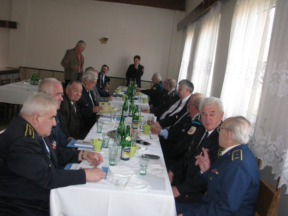 V Nýdku se v sobotu sešli představitelé sborů dobrovolných hasičů z okresu Frýdek-Místek.