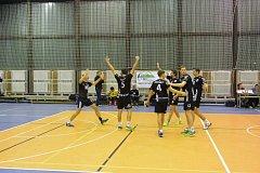 Volejbalisté Black Volley Beskydy zvítězili v domácím prostředí s Velkým Meziříčím i s Dobřichovicemi.