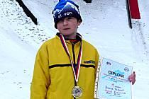 Kozlovický talent ve skocích na lyžích David Tabach