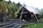 Požár roubenky v Kunčicích pod Ondřejníkem.