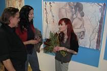 Akademický malíř Martin Pawera považuje havířovskou malířku Terezu Dolanskou (vpravo) za velmi nadějnou umělkyni.