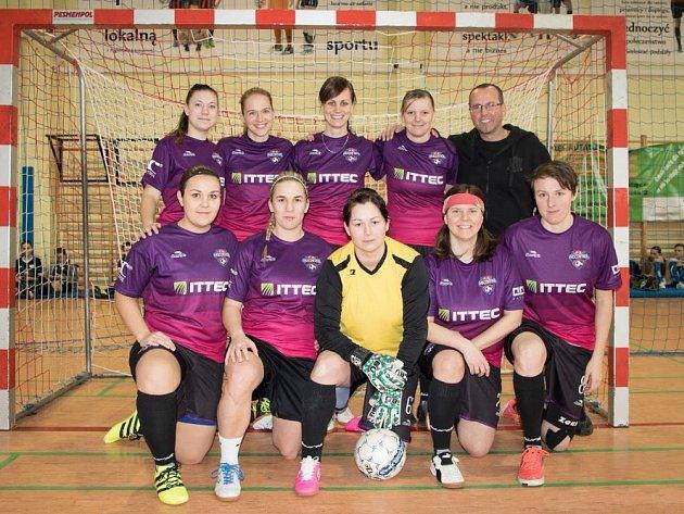 Fotbalistky Gascontrolu vyhrály další turnaj.