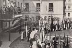 Fryštát, 50. léta, kdy se oslavy konaly před zámkem.