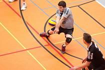 Libero havířovských volejbalistů Petr Dohnal (s míčem) věří, že tým v Ostravě něco uhraje.