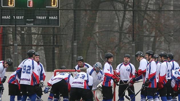Hokejbalisté Karviné po sestupu odstartovali novou sezonu v první lize.