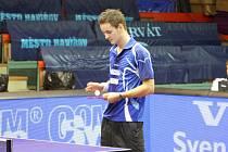 Stolní tenisté SKST Baník vpluli do nového ročníku nečekaně dobře.