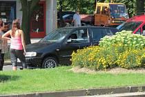 Nehoda na Dlouhé třídě v Havířově, při které byla zraněna chodkyně.