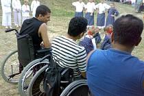 Arabským pacientům se velmi líbilo vystoupení folklorního souboru Čučorietky.