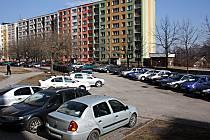 Parkování na sídlišti by mohl usnadnit nový parkovací dům