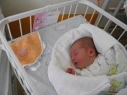 Nikol se narodila 13. října mamince Kateřině Schönwälderové z Karviné. Po narození miminko vážilo 3240 g a měřilo 49 cm.