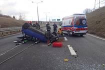 Zásah českých hasičů u nehody na polském úseku dálnice.