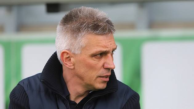 Karvinský trenér Norbert Hrnčár na Bohemku nevymyslel nic.