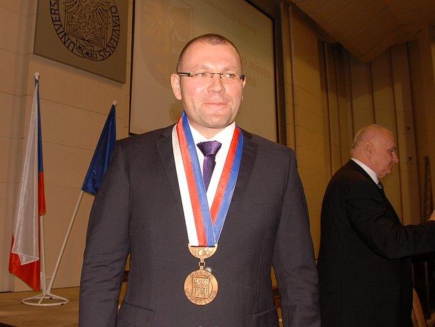 Primátor Karviné Tomáš Hanzel.