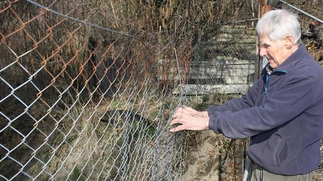 Bohaté zkušenosti se zloději má také pěstitel Edward Polok z Horní Suché. Archivní snímek.