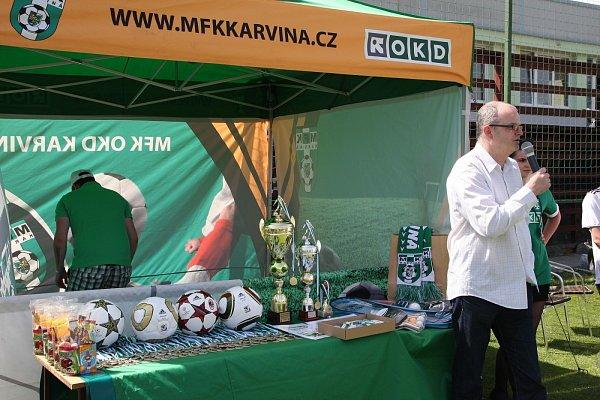 Fotbalový turnaj dětských domovů vKarviné se povedl.