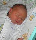Adrian Prchal se narodil 30. ledna mamince Daniele Prchalové z Karviné. Po narození chlapeček vážil 2980 g a měřil 49 cm.