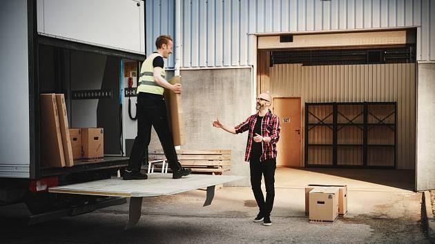 IKEA spouští nová mobilní výdejní místa v Moravskoslezském kraji, konkrétně v Karviné, Frýdku-Místku, Havířově a Třinci.