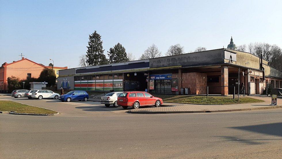 Dolní Lutyně. Centrum. Obchodní středisko.