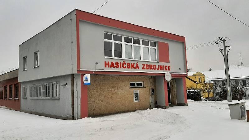 Hasičská zbrojnice v Albrechticích.