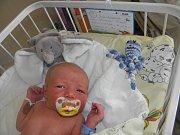 Tomášek se narodil 4. května mamince Markétě Závodné z Karviné. Po narození malý Tomášek vážil 3160 g a měřil 49 cm.