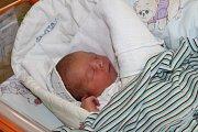 Jakub Klusek se narodil 7. března mamince Zuzaně Tomkové. Po porodu chlapeček vážil 3 a půl kila a měřil 48 cm.
