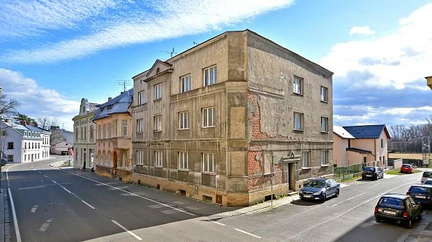 Ve Starém Bohumíně začala přestavba nevyužívaných domů s pečovatelskou službou na byty.