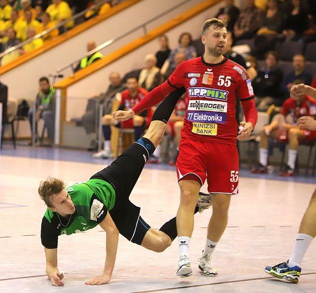 Dominik Solák umí zakončit zjakékoliv pozice.