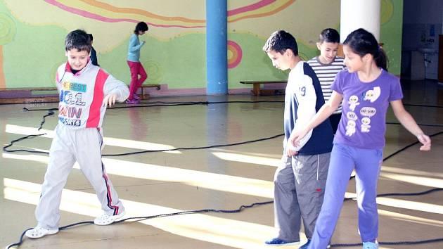 Během příměstského tábora si děti zahrají nejrůznější logické i pohybové hry a zúčastní se zajímavých výletů.