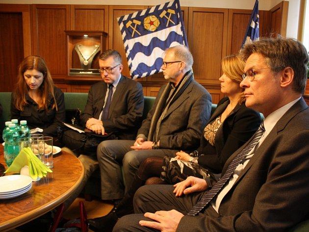 V Havířově jednali komisaři z evropské Charty pro menšinové a regionální jazyky.