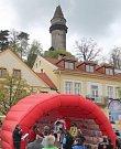 Finiš úvodní etapy ve Štramberku.