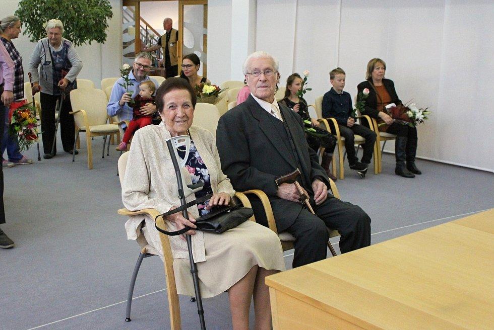 Manželé Dzieržawovi o víkendu oslavili 70. výročí svatby.