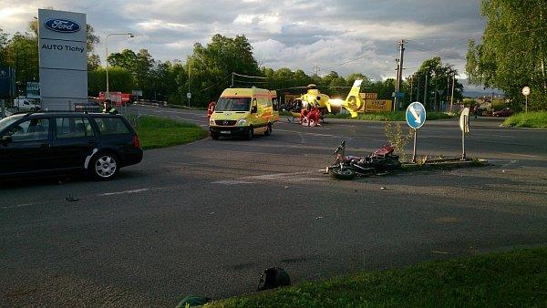 Vsobotu 18.května před šestou hodinou ranní se srazil jednašedesátiletý motorkář sautem.