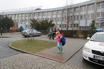 Evakuace ZŠ Žákovská v Havířově.