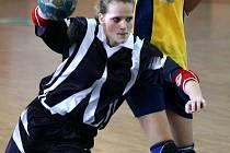 Sokol Karviná v kategorii mladších dorostenek válí.