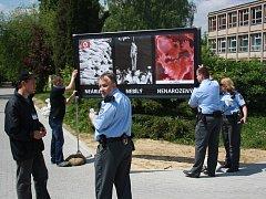 Petiční akci proti potratům ukončila městská policie