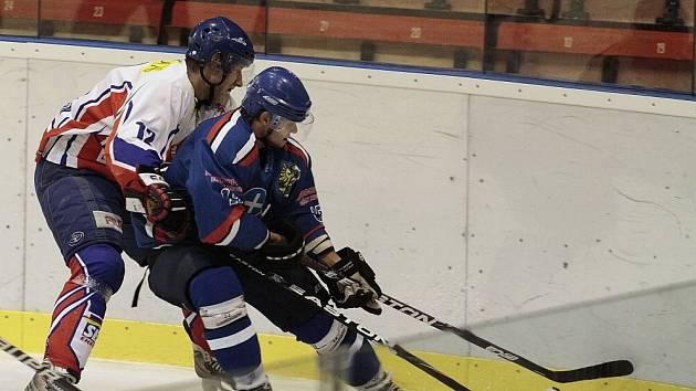 Hokejisté Karviné doma vyhráli nad Opavou.