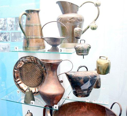 Expozice věnovaná historii romských řemeslníků.