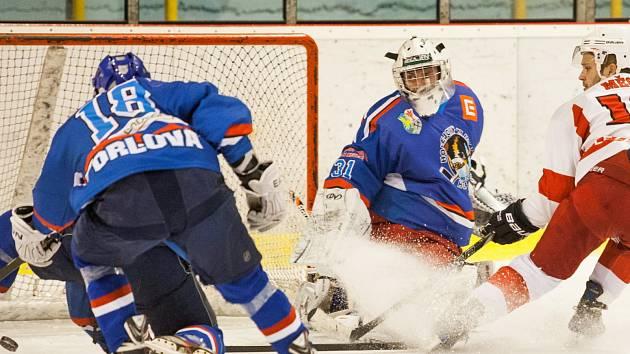 Orlovským hokejistům se přibližuje záchrana.