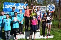 Orlovské děti na stupni nejvyšším. Družstvo žactva získalo takzvaný Bílý pohár.