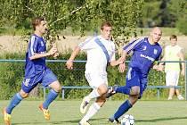 Petrovičtí fotbalisté si na jaře poprvé zahráli doma.