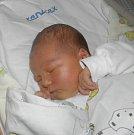 Karolínka Francáková se narodila 22. listopadu mamince Veronice Sobotkové z Orlové. Po narození Karolínka vážila 4060 g a měřila 52 cm.