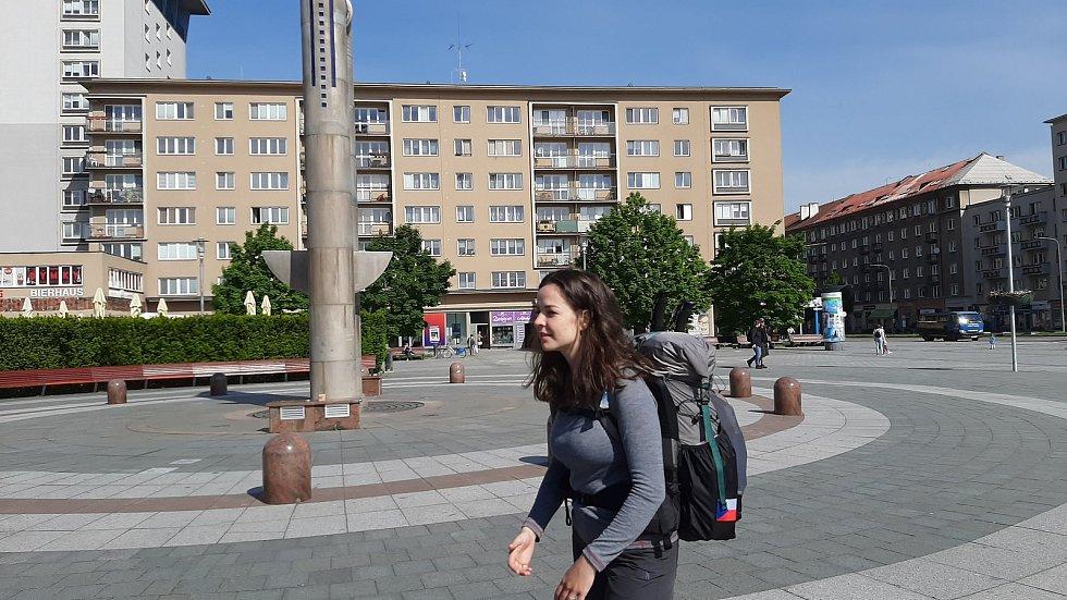 Jednadvacetiletá studentka a cestovatelka Nicolette Havlová se v úterý vydala na 2500 kilometrů dlouhou cestu z Havířova přes Rumunsko až do Istanbulu.
