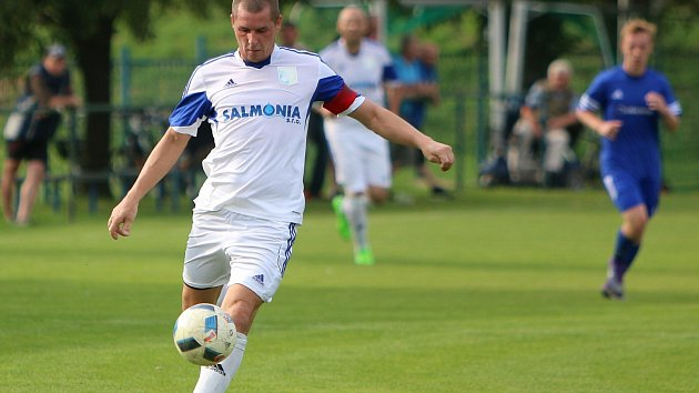 Josef Hoffmann, opora fotbalových Petrovic.