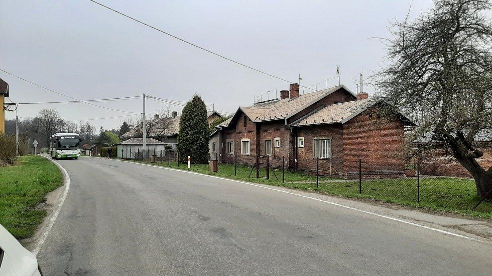 Petřvald. Pohled na domky v části Březiny.