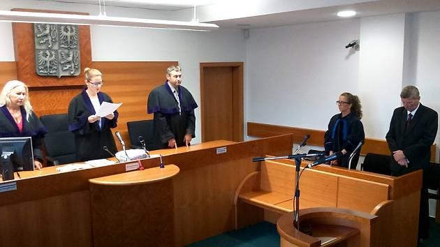 Soud vyhlásil zprošťující rozsudek.