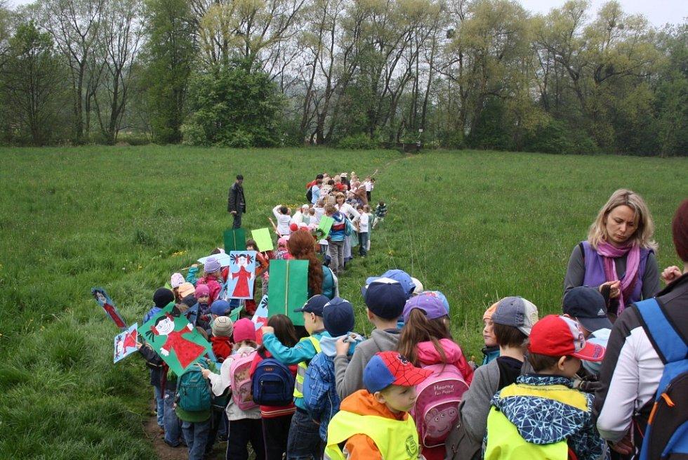 Havířovští školáci vyhnali z města zimu a přivítali jaro.