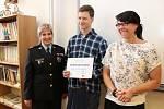 Daniel Donoval si poskytnutím první pomoci zraněným při dopravní nehodě vysloužil ocenění Gentleman silnic.